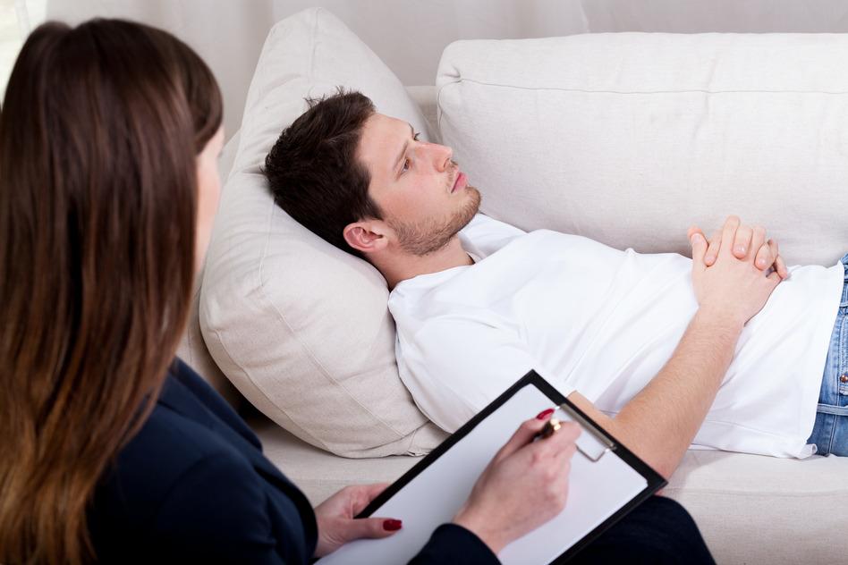 Psychanalyste en analyse avec un client